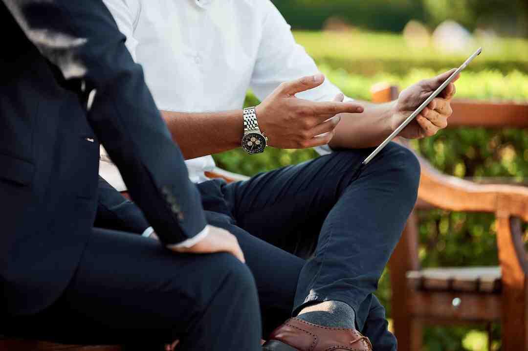 Comment commencer une conversation avec un client ?