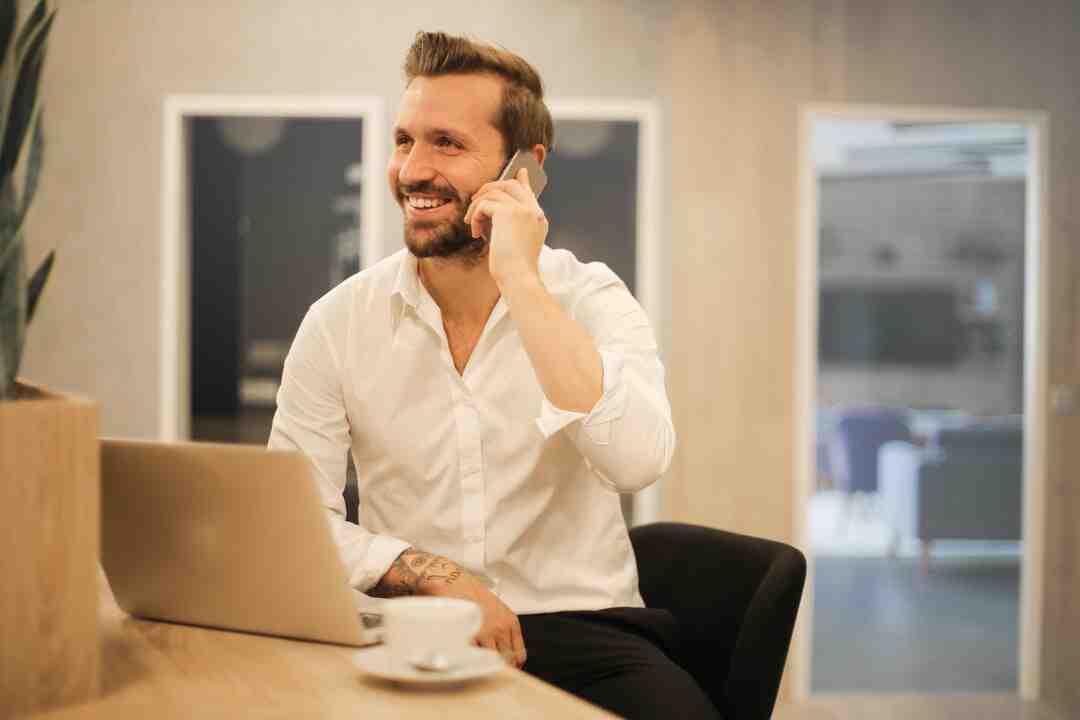 Comment parler à une femme au telephone ?